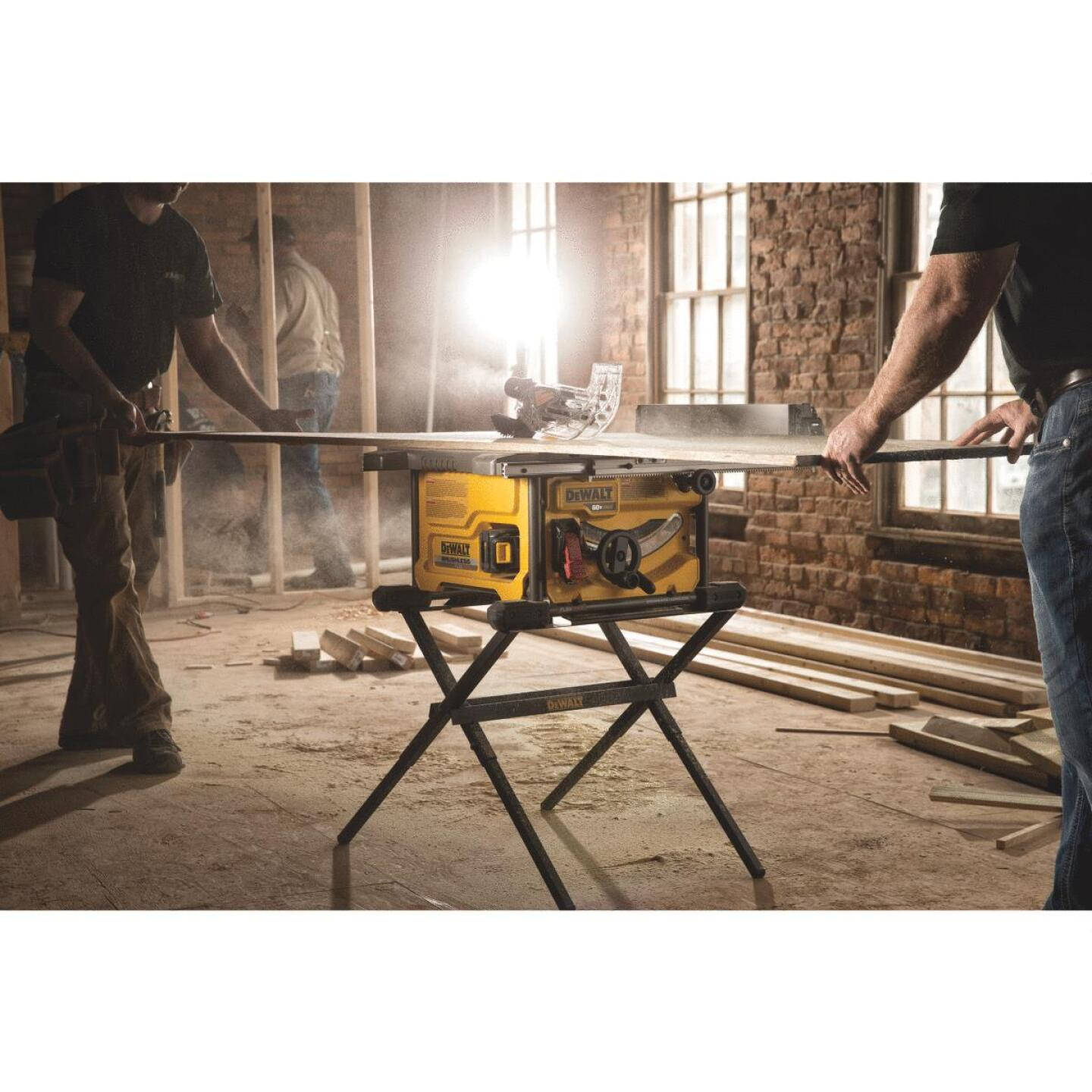 DeWalt Flexvolt 60-Volt MAX Lithium-Ion Brushless 8-1/4 In. Cordless Table Saw Kit Image 2