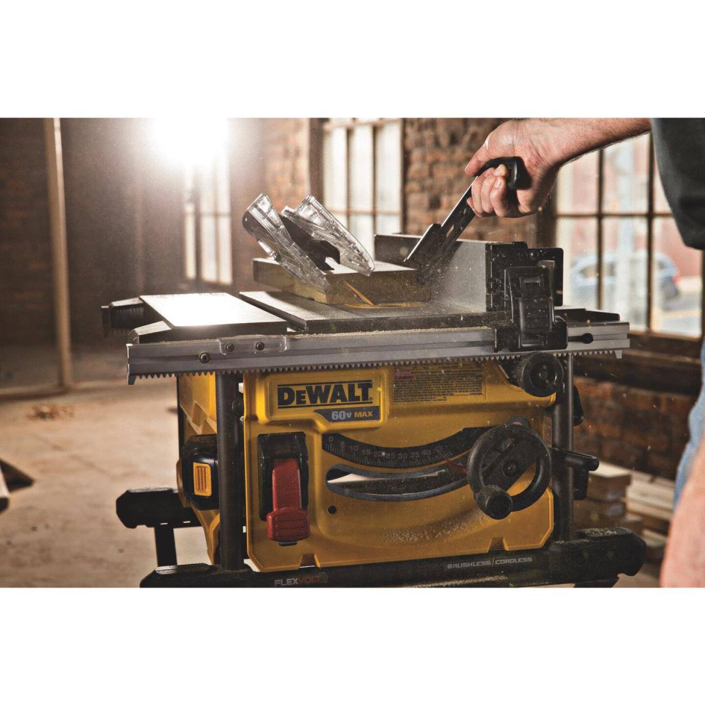 DeWalt Flexvolt 60-Volt MAX Lithium-Ion Brushless 8-1/4 In. Cordless Table Saw Kit Image 3